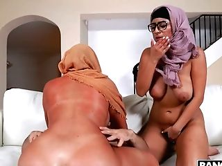 Two Big Bottomed Arab Wives Are Cheating On Hubby With Hot Blooded Sean Lawless