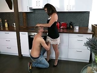 Youthful Dude Licks And Fucks Coochie Of Matures Dark Haired Mariana