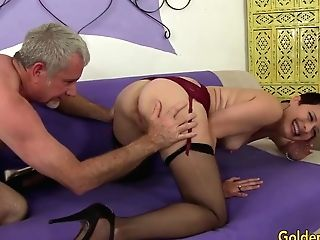 Brief Haired Matures Beauty Kali Karinena Rails An Old Dick