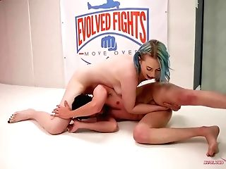 Giantess Lux Lives Lets Little Man Jay West Know Where He Belongs