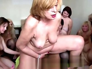 Pleasing Experienced Lady Going For A Rail And Wild Group Hookup