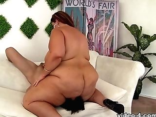 Erin Green In Hot And Sexy Fat Woman Erin Green Takes Stiff Dick - Jeffsmodels
