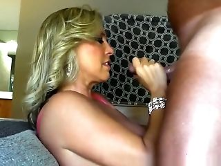Wifey Get Her Asshole Munched