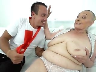 Sexy Granny With Big Tits Loves Hard Man-meat